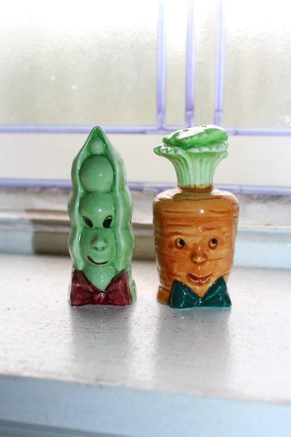 Vintage Anthropomorphic Vegetables Salt and Pepper Shaker 1950s Kitsch