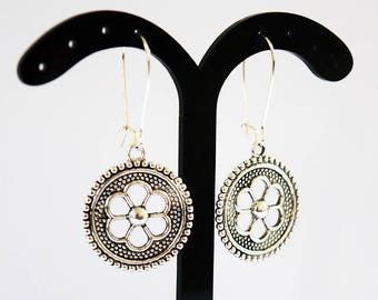 Gorgeous Antique Silver Tone Floral Design Silver Plated Drop Earrings