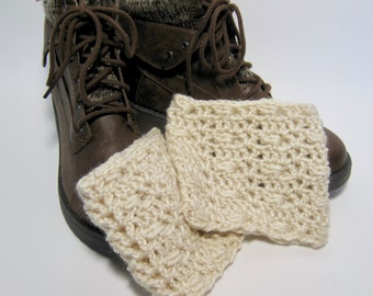 Ivory Boot Cuffs, White Boot Cuffs, Ivory Boot Toppers, Boot Cuffs, Crochet Boot Cuffs, Ivory Crochet Boot Cuffs, Gift for Her, Winter, Fall