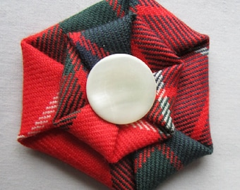 Scottish Clan Fraser Tartan Brooch with Mother of Pearl Button centre