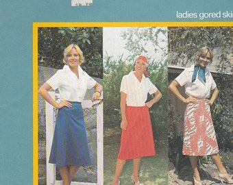 ON SALE 80's Sewing Pattern - Knitwit 2000 Ladies gored Skirt Size 6 - 22 Factory folded and complete