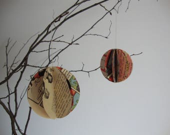 5 balls of Christmas paper, old newspapers diameter 5 cm