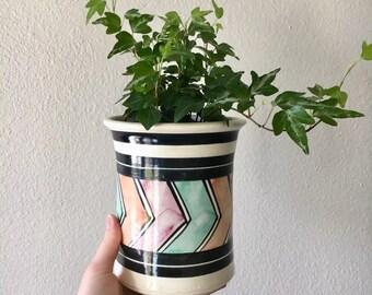 Cute Vintage Chevron Pattern Clay Pot / Wheel Thrown Glazed Stoneware Planter / White and Black Ceramic Flower Pot