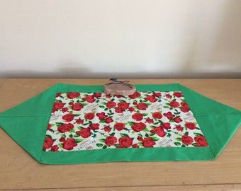 Short Kentucky Derby Table Runner - Kentucky Derby Coffee Table Runner -  Kentucky Derby Roses