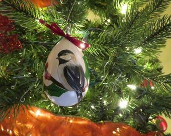 Chickadee & Holly Hand-Painted Gourd Ornament - Set of 4 - White