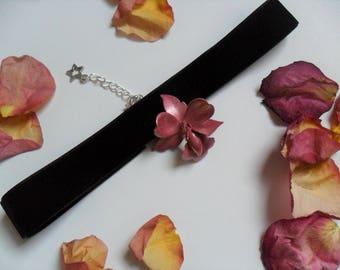 Exotic Orchid Black Velvet Choker - Pink Metal Orchid on Velvet Ribbon - Flower Choker - Gothic - Choker Necklace - Romantic Gift
