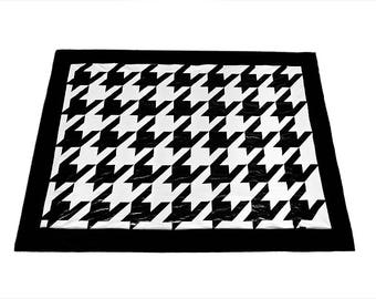 Black and white blanket houndstooth 130x175 cm
