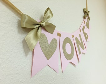 Heart High Chair Banner in Pink and Gold.  First Birthday Decorations.  ONE High Chair Banner.  Pink and Gold Party.  Age Banner