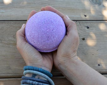 Lavander of The Garden Bath Bomb - Egea Sea Breeze Bath Bomb - Extra Large 16 Ounce