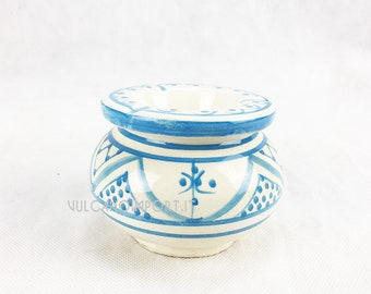 Moroccan hand-painted ceramic ashtray, with Antiodor and windproof cover.