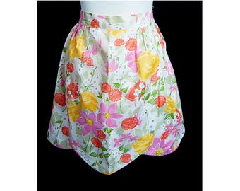 1960s White Red Lavender Green Flower Yellow The Fifth Avenue Apron A Mussallon Product Floral Pattern Apron