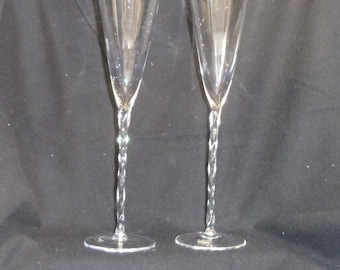 Exquisite Tall Champagne Flutes (2),Clear Bowl, Spiral Stem and Clear Base, #VB7208