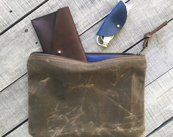 The Traveler's Clutch / large waxed canvas pouch