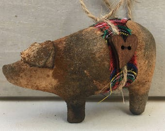 primitive pig ornaments - Christmas ornaments - animal ornaments - holiday ornaments - primitive ornaments - spotted hog - pig decor