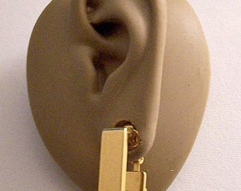 Avon Square Hoops Clip On Earrings Gold Tone Vintage 1976 Geometric Collection Wide Polished Band Open Dangles