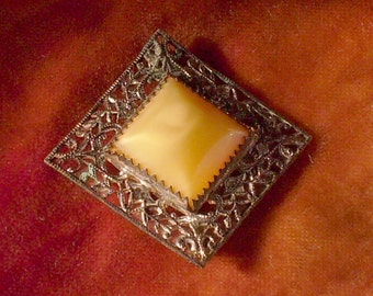 Fabulous Filigree and Yellow Stone Deco Brooch Pin Vintage Antique