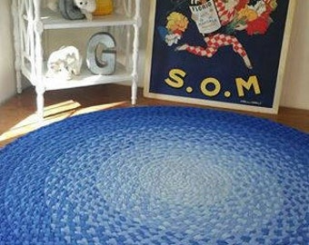 """48""""-60""""or 66"""" in diameter shades of blue braided rug created from new cotton t shirts"""