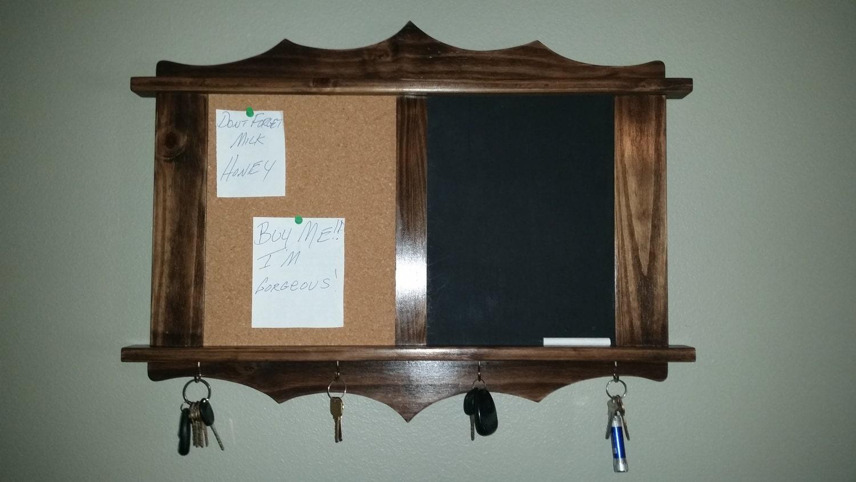 Tafel Pinnwand handgefertigt aus Holz mit 4 Schlüssel