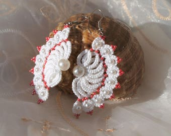 White tatting earrings with red beads