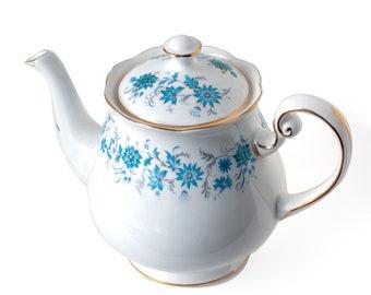 Colclough Braganza Teapot, Hyacinth Bucket's 'Hand Painted Periwinkles', 1960's Colclough Blue / White Gold Trim 1 1/2-Pint Teapot