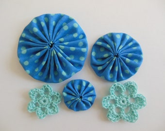 Yo-Yos and Crocheted Flowers - Blue and Aqua - Cotton Appliques - Cotton Embellishments - Crocheted Flower Appliques