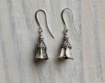 Silver Tulip Drop Earrings, Vintage, Antique, Art Nouveau, Floral, Flowers, Calla Lillies