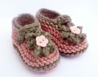 Baby Knitting Pattern - Baby Shoe Pattern Seamless - Cute Classic Baby Shoes - 4 Sizes Newborn - 12 Mths - Baby Mary Jane Shoes