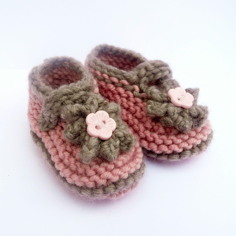 Baby Knitting Pattern - Baby Shoe Pattern Seamless - Cute Classic ...