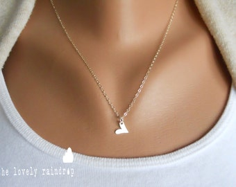 Sterling Silver Love Heart Necklace Small - Modern Dainty Minimal Simple Necklace - Cute Gift - love - Simple Everyday - the lovely raindrop