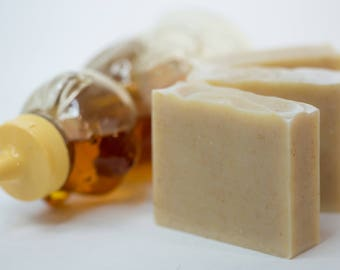 Oatmeal Goat's Milk Honey | Cocoa Butter Soap | Cold Process Handmade Soap | Fatty's Soap Co.