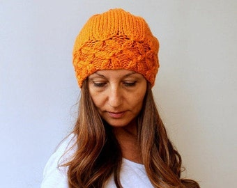 Clothing Gift. Sister Gift. Women's Knit Hat Winter Hat Slouchy Beanie Pompom Hat Orange Beret  Chunky  Beret Baggy / Beanie