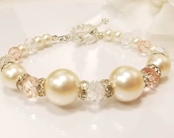 Vintage creame pearl and pink crystal toggle bracelet, bridal jewelry, prom jewelry, mothers day gift