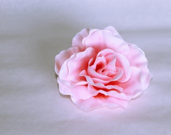 Silk pink fade rose hair flower on alligator clip // gift for her // pin up // bridal