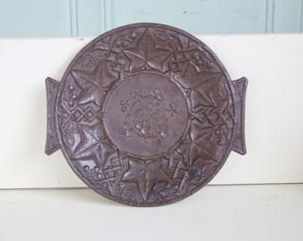 Victorian Diatite Plastic Pin Dish Trinket Dish Vines Berries Composite Plastic 1868