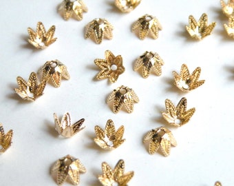 50 Bead caps 6 point star shiny gold plated brass 7mm (fits 7-9mm) 5995FN