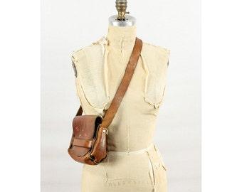 Tooled leather purse / Vintage leather bag / 70s Cognac leather hippie purse