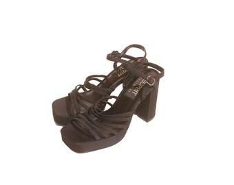 Vintage 1990s Black Esprit Elastic Strappy Ankle Strap Platform Heels size 6