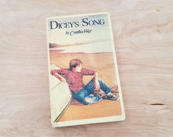 Vintage Book Dicey's Song by Cynthia Voigt Newbery Medal Book Teen Book Young Adult Book The Tillermans Series Family Book