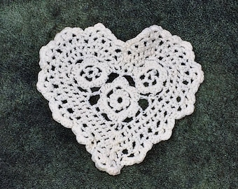 Off White Crochet Heart Sew On Applique