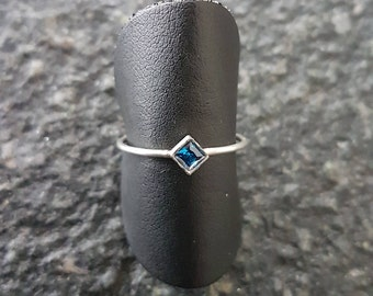 Silver ring Harry Potter colors (square)