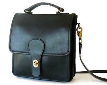 Authentic Classic Coach Black Leather Station Bag