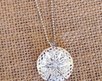 Retro Diffuser Necklace - Essential Oils Necklace