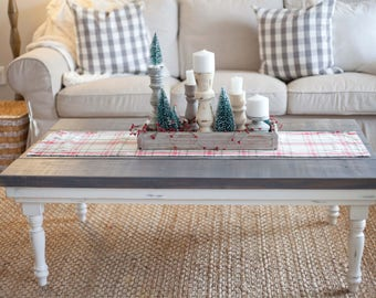 Rustic Coffee Table // Living Room Table // Farmhouse Table // Country  Style // Gray Stained // Fixer Upper Style