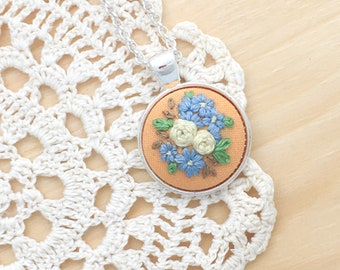 Peach Spring Embroidered Necklace, Embroidered Flowers, Embroidered Pastel Necklace, Flower Necklace, Embroidered Pendant, Mother's Day Gift