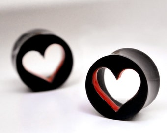 BDJ0263 Body Jewelry Flared Organic Heart with Red Color Inside Accent Ear Tunnel Plugs