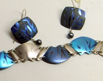 Vintage Holly Yashi Bracelet AND Earrings - Niobium Over Sterling Silver - Signed - Early 1980s - Bamboo Pattern - Iridescent Peacock Blues