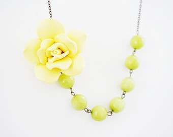 Bridesmaid Gift Bridesmaid Jewelry Statement Necklace Yellow Necklace Lime Green Necklace Bridesmaid Set Wedding Necklace Bridal Necklace