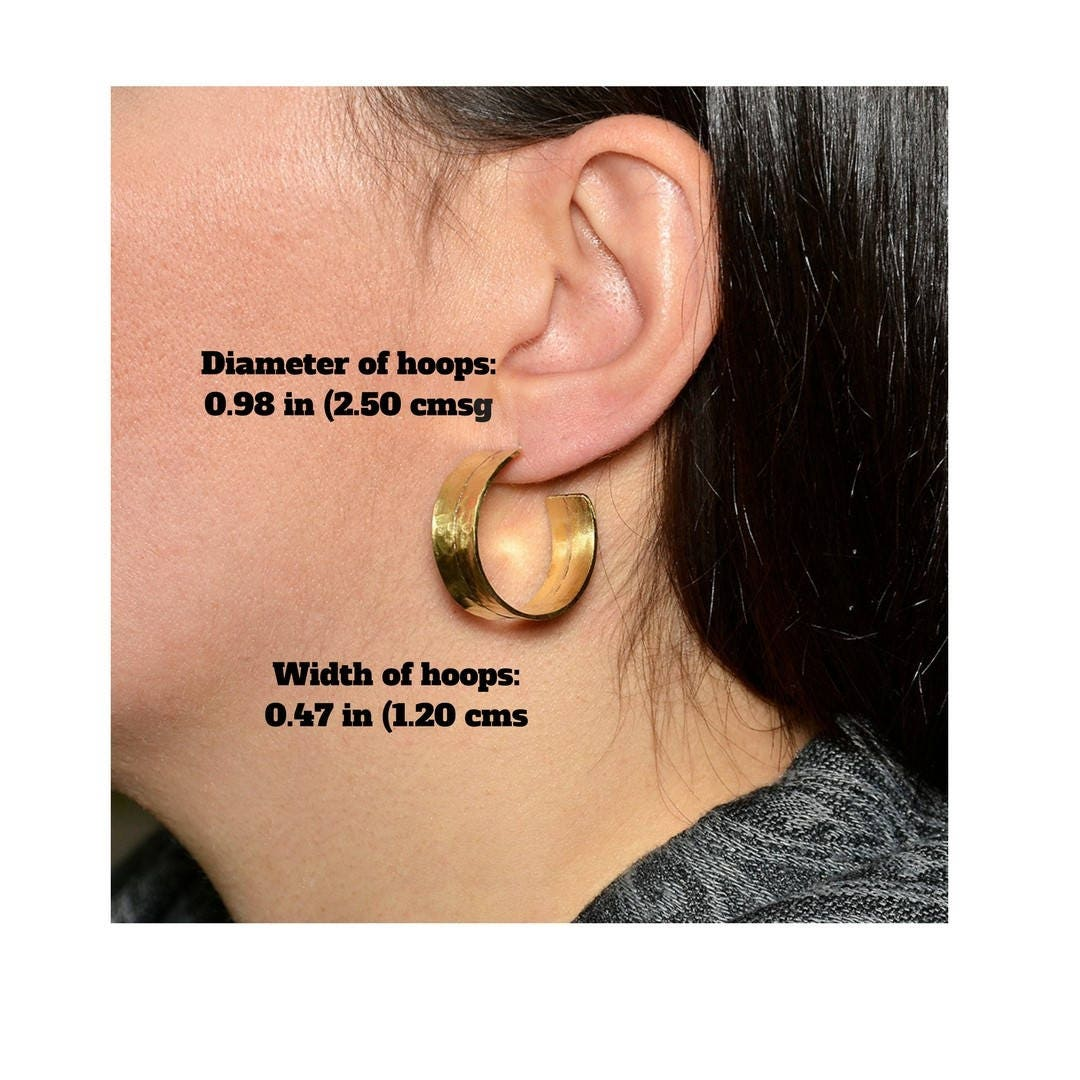 patina gold himani chicory stud dull earring chunky black chai earrings