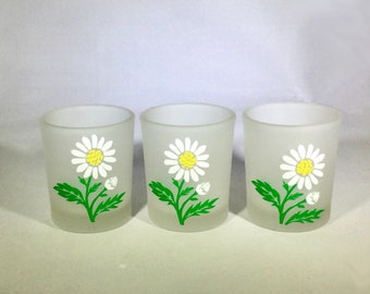 Set of 3 Spring Daisy Votive Candle Holders - Spring Frosted Glass Candle Holders - Spring Daisies Candle Holders