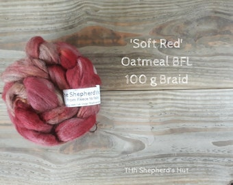 BFL Oatmeal hand dyed braid in 'Soft Red' 100 g  3.5 oz